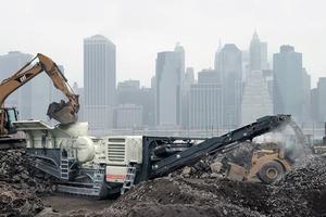 """<div class=""""bildtext"""">15 Mobile Bauschuttaufbereitung • Mobile building rubble processing </div>"""