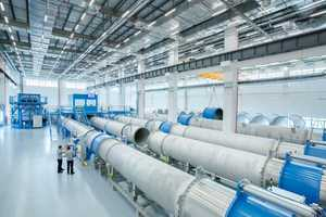 Endress+Hauser calibrates flowmeters around the world according to the same standards. The new plant in Suzhou is designed for very large instruments with diameters of up to 3000 mm