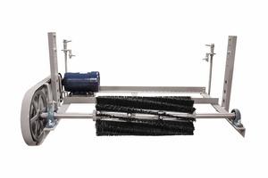 "<div class=""bildtext"">1 Bürsten-Förderbandreiniger • Brush style conveyor belt cleaner</div>"