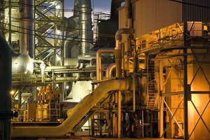 "<div class=""bildtext"">Phosphorsäure-Produktionsanlage • Phosphoric acid processing plant </div>"
