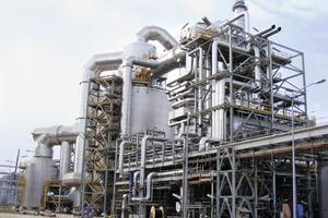 "<div class=""bildtext"">14 Schwefelsäure-Produktionsanlage • Sulfuric acid production plant</div>"