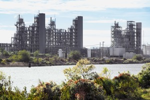 "<div class=""bildtext"">11 Werk Aurora in North Carolina • Aurora plant in North Carolina</div>"