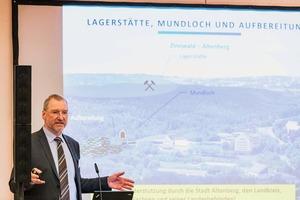 """<div class=""""bildtext"""">Prof. Dr. Armin Müller,Geschäftsführer Deutsche Lithium GmbH, Freiberg<br />Prof. Dr. Armin Müller,Managing Director at Deutsche Lithium GmbH, Freiberg</div>"""