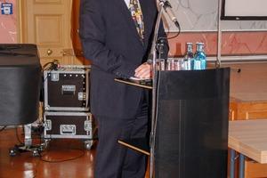"""<div class=""""bildtext"""">5 Prof. Dr. Georg Unland</div>"""