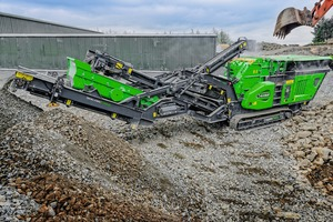 Der neue Brecher Cobra 290R im Einsatz • The new Cobra 290R crusher in operation