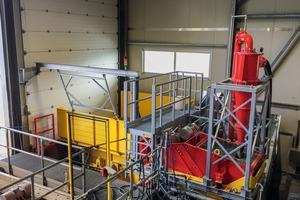 "<div class=""bildtext"">Nassaufbereitungsanlage DMS 30-150 • DMS30-150 wet processing plant</div>"