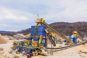 """<div class=""""bildtext"""">Anlage von Weir Minerals bei Pattison Sand • Weir minerals plant at Pattison Sand</div>"""