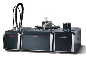 "<div class=""bildtext"">Laser-Partikelmessgerät ANALYSETTE 22 NanoTec mit Trocken- und Nass-Dispergiermodul • Laser Particle Sizer ANALYSETTE 22 NanoTec with dry and wet dispersion module</div>"