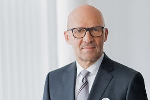"""<div class=""""bildtext"""">Klaus Dittrich, Vorsitzender der Geschäftsführung der Messe München: """"Was wir an den sieben Tagen in München erleben werden, wird gigantisch""""</div>"""