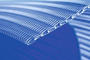 """<div class=""""bildtext"""">1 Spiralbänder von GKD tragen überall dort, wo nahtlose Gurte im Entwässerungs-, Transport- oder Trocknungsprozess unverzichtbar sind, zur geforderten Effizienz der Produktion bei • Spiral belts from GKD contribute to the required efficiency in production wherever seamless belts are needed for dewatering, conveying or drying processes</div>"""