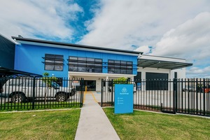 "<div class=""bildtext"">Neues Service-Center in Brisbane/Australien • New service centre in Brisbane/Australia</div>"
