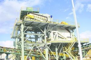 "<div class=""bildtext"">16 Klassiersiebe von Metso im Mining<br />Metso's classifying screens in mining</div>"