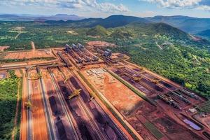 """<div class=""""bildtext"""">6 Eisenerzmine Carajás S11D • Carajás iron ore mine S11D</div>"""