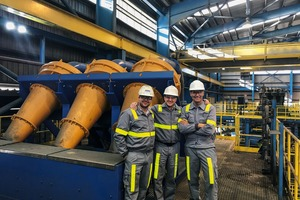 """<div class=""""bildtext"""">1 Das Team von Weir Minerals liefert schlüsselfertige Lösungen • Weir Minerals team delivering turnkey solution </div>"""