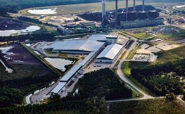 """<div class=""""bildtext"""">14 Gipskartonplattenwerk in den USA • Plasterboard plant in the USA</div>"""