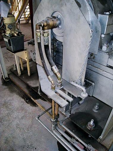 """<div class=""""bildtext"""">4 Dreheinführung zur Wellenkühlung • Rotary inlet for shaft cooling</div>"""