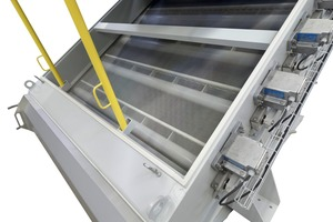 """<div class=""""bildtext"""">3 Screening machine with direct excitation of the screen cloth</div>"""