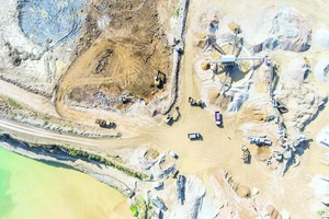 """<div class=""""bildtext"""">3 Save space, cut costs. Mining ores and minerals result in fine-grained residues in the form of sludges, so-called tailings. These overburden sludges can be processed with centrifuges and the process water can be recovered</div>"""