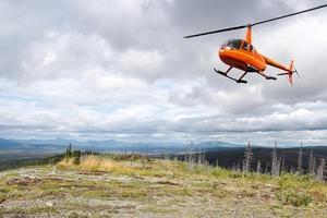 "<div class=""bildtext"">15 Geological surveying in Alaska</div>"