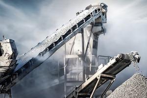 """<div class=""""bildtext"""">3 Belt conveyor transporting rock in mining</div>"""