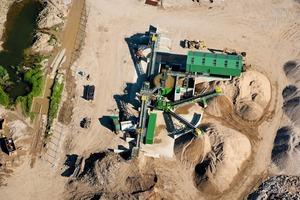"<div class=""bildtext"">3 The Sheehan Group is producing up to 20&nbsp;000&nbsp;concrete building blocks per day from 100&nbsp;% recycled sand and aggregate</div>"