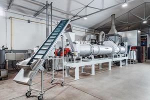 "<div class=""bildtext"">1 The TK-D drum dryer/cooler as a test dryer at the Allgaier Testing Centre, Uhingen enables combined drying and cooling of dried solids to especially low temperatures close to ambient or cooling air temperature</div>"