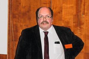 """<div class=""""bildtext"""">9 Dr. Rainer Wegner</div>"""