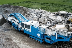 """<div class=""""bildtext"""">2 The 80-tonne crusher is equipped with a 3-m screen for prescreening, a fuel-efficient Scania diesel engine and double air separation</div>"""