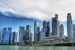 """<div class=""""bildtext"""">2 Singapore's skyscrapers contain vast amounts of concrete. But without sand, there is no concrete</div>"""