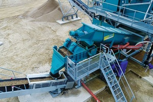 """<div class=""""bildtext"""">The screw-conveyor is the central element of the preparation plant</div>"""