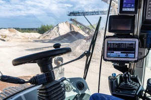 "<div class=""bildtext"">2 The wheel loader operator can see all the data on a console as soon as the truck enters the plant premises</div>"