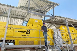 "<div class=""bildtext"">Steinert's Southern Africa area manager&nbsp;John Knouwds&nbsp;welcomes customers at the new test facility in Namibia.</div>"