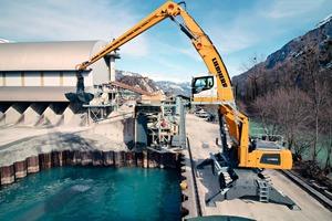 """<div class=""""bildtext"""">1 Zukünftig unterstützt die Liebherr-Materialumschlagmaschine LH&nbsp;60&nbsp;M Port Litronic beim Abbau und der Gewinnung des Markenprodukts Brienzer Sand<sup>®</sup> </div>"""