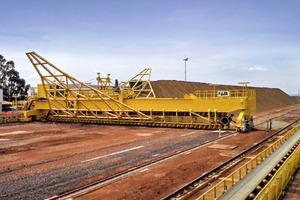 "<div class=""bildtext"">3 FAM bridge-type reclaimer: Anglo-American Brazil - MCG Mineracao Catalao de Goiás Ltda.; Boa Vista Fresh Rock Project, Brazil, 2013; niobium ore: 450 t/h</div>"