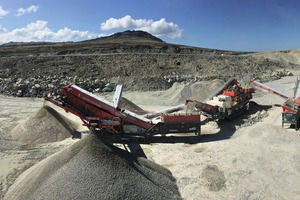 """<div class=""""bildtext"""">4 The two Sandvik QA451 doublescreen units at the Pony Pass quarry in the Falkland Islands are equipped with the WX-Range</div>"""