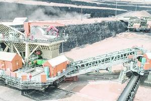 "<div class=""bildtext"">12 Semi-mobile sizer stations in a coal mine</div>"