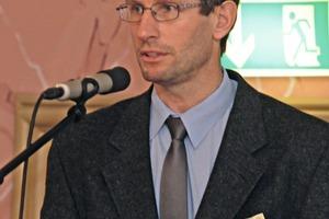Dr. Uwe Lehmann