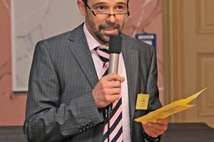 Dr. Andre Kemptner