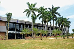 Das Firmengebäude der HAVER & BOECKER Latinoamericana • The company building of HAVER & BOECKER Latinoamericana