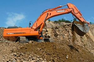 Doosan Kettenbagger DX520LC ● DX520LC crawler excavator