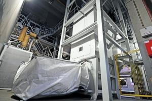 3 Big-Bag Verdichter mit Presssack • Big Bag compactor including pressing bag