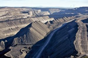 "<div class=""bildtext"">19 Kohlemine Mt Thorley • The Mt Thorley coal mine</div>"