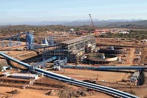8 Moatize Kohlemine in Mozambique • Moatize coal mine in Mozambique<br />