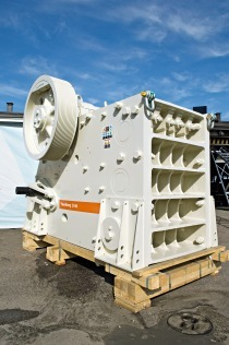 Stationary crusher goes mobile - Mineral Processing
