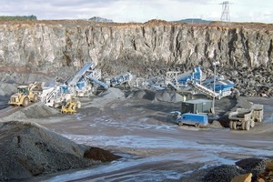 Mobile equipment combination – 2 crushing and 3 screening stages (Kleemann)<br />