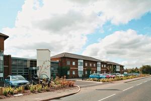 Der Sitz der BEUMER Group UK in Leicestershire ● The headquarters of BEUMER Group UK in Leicestershire