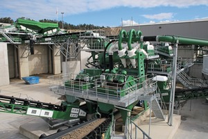 "<div class=""bildtext"">6 View of Velde plant from sand conveyor</div>"