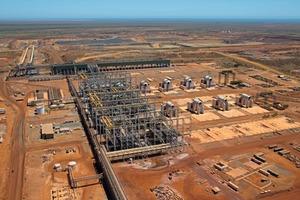 "<div class=""bildtext"">10 Sino Iron in Western Australia</div>"