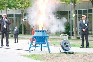 """<span class=""""bildunterschrift_hervorgehoben"""">1</span>Staubexplosion im Messepark<br />"""