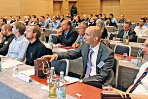 "<span class=""bildunterschrift_hervorgehoben"">1</span>Tagungsteilnehmer • Conference attendees<br />"